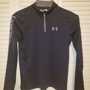 Under Armour heatgear blue top size youth large